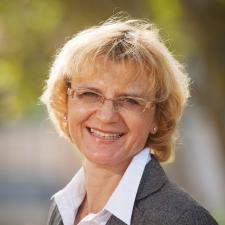faculty_renata_schaefer