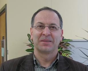 faculty_michael_santos