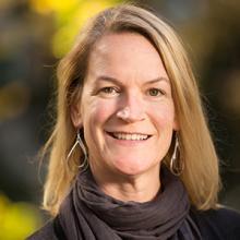 Executive Wine MBA alumna Claire Hobday